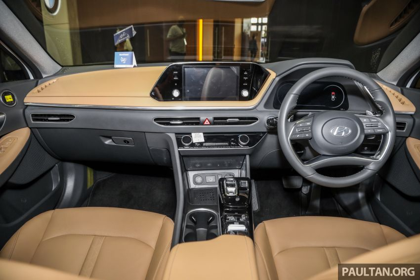 Hyundai Sonata Bob G Edition on display at ACE 2021 – black decals, 19-inch wheels, no change in price Image #1283085