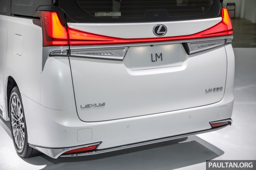 Lexus LM 350 launched in Malaysia – luxury 4-seater Alphard with limo rear seats, 26-inch TV,  RM1.1 million Image #1279061