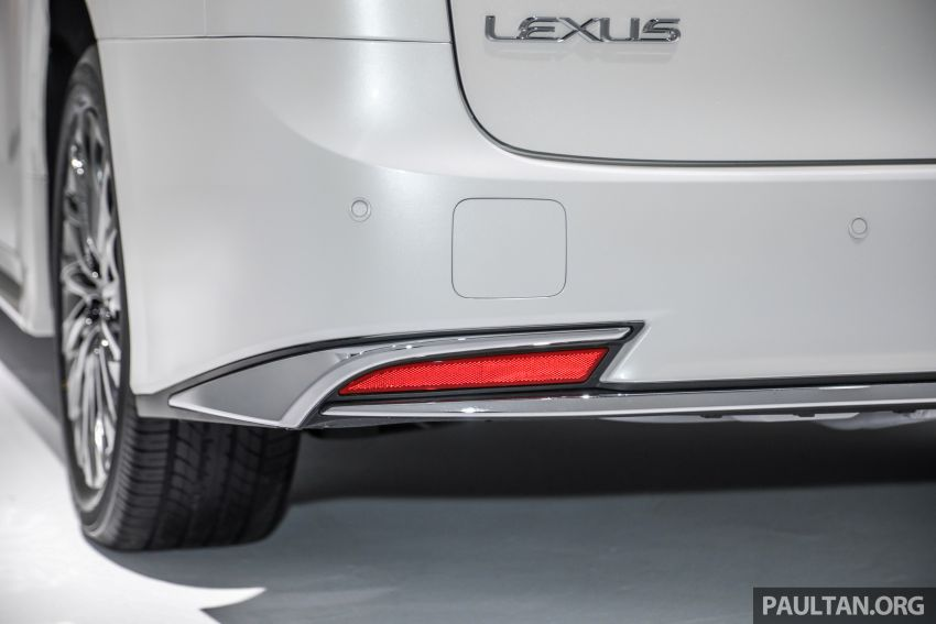 Lexus LM 350 launched in Malaysia – luxury 4-seater Alphard with limo rear seats, 26-inch TV,  RM1.1 million Image #1279065