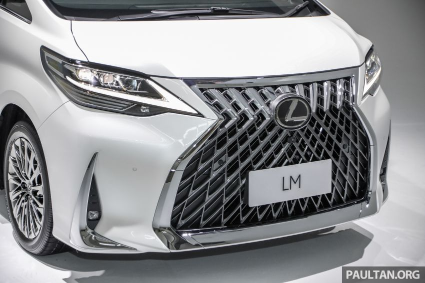Lexus LM 350 launched in Malaysia – luxury 4-seater Alphard with limo rear seats, 26-inch TV,  RM1.1 million Image #1279045