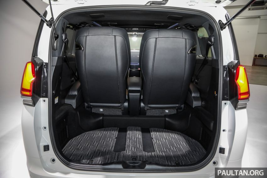 Lexus LM 350 launched in Malaysia – luxury 4-seater Alphard with limo rear seats, 26-inch TV,  RM1.1 million Image #1279142