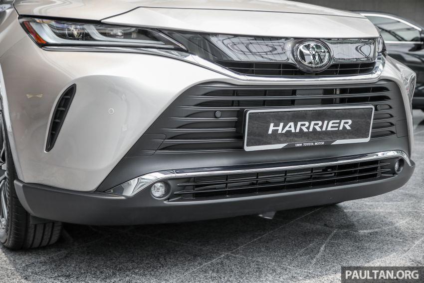 GALLERY: 2021 Toyota Harrier 2.0 Luxury – RM250k Image #1276816