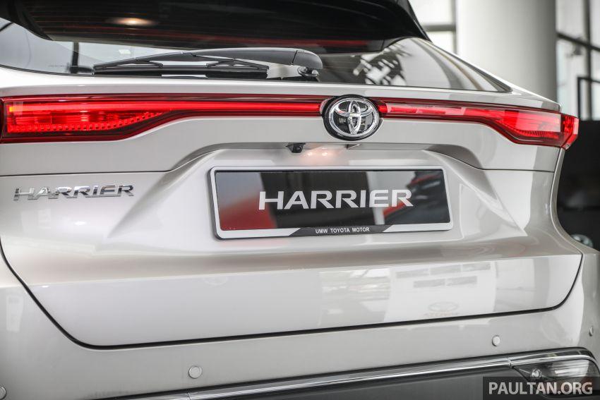 GALLERY: 2021 Toyota Harrier 2.0 Luxury – RM250k Image #1276830