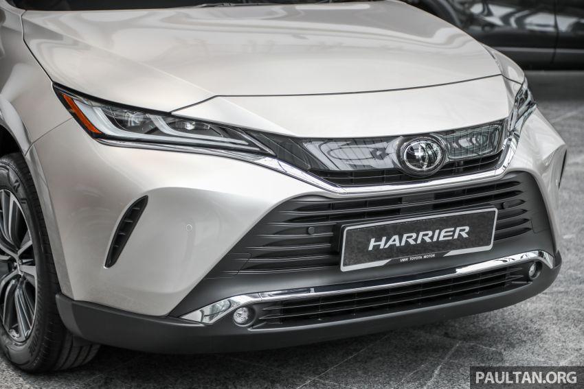 GALLERY: 2021 Toyota Harrier 2.0 Luxury – RM250k Image #1276811