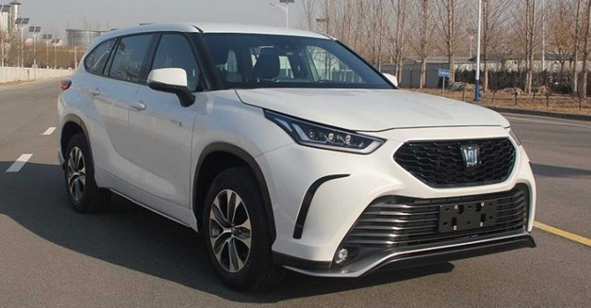 Toyota Crown Kluger SUV sighted in homologation documents; 2.5L hybrid powertrain for China market Image #1278560