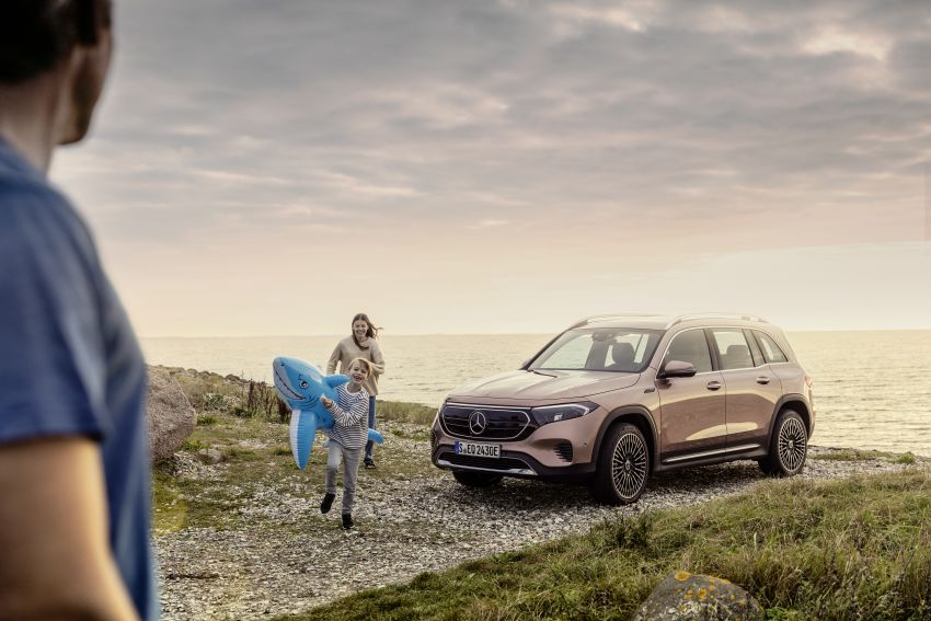 Mercedes EQB debuts  – 288 hp, 419 km range; 100 kW DC charging from 10% to 80% in just over 30 minutes Image #1283236