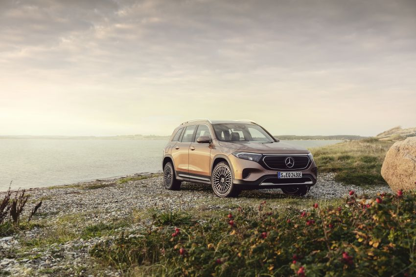 Mercedes EQB debuts  – 288 hp, 419 km range; 100 kW DC charging from 10% to 80% in just over 30 minutes Image #1283238