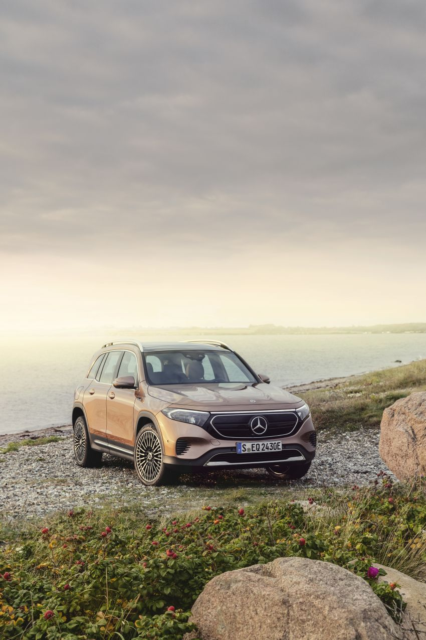 Mercedes EQB debuts  – 288 hp, 419 km range; 100 kW DC charging from 10% to 80% in just over 30 minutes Image #1283240