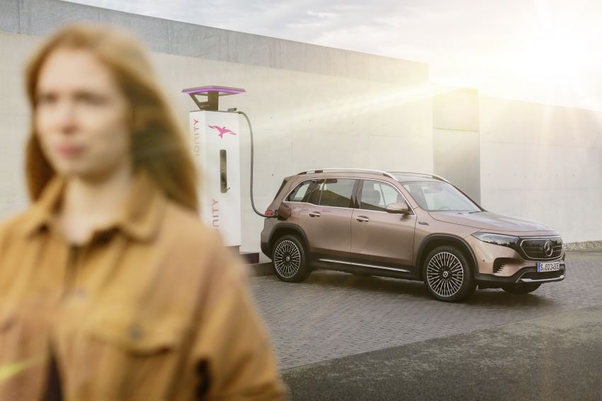 Mercedes EQB debuts  – 288 hp, 419 km range; 100 kW DC charging from 10% to 80% in just over 30 minutes Image #1283242