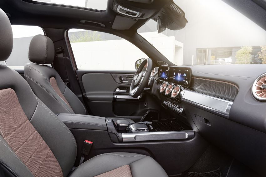 Mercedes EQB debuts  – 288 hp, 419 km range; 100 kW DC charging from 10% to 80% in just over 30 minutes Image #1283243