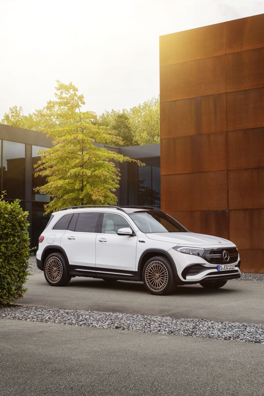 Mercedes EQB debuts  – 288 hp, 419 km range; 100 kW DC charging from 10% to 80% in just over 30 minutes Image #1283255