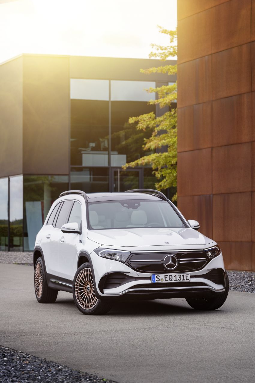 Mercedes EQB debuts  – 288 hp, 419 km range; 100 kW DC charging from 10% to 80% in just over 30 minutes Image #1283256