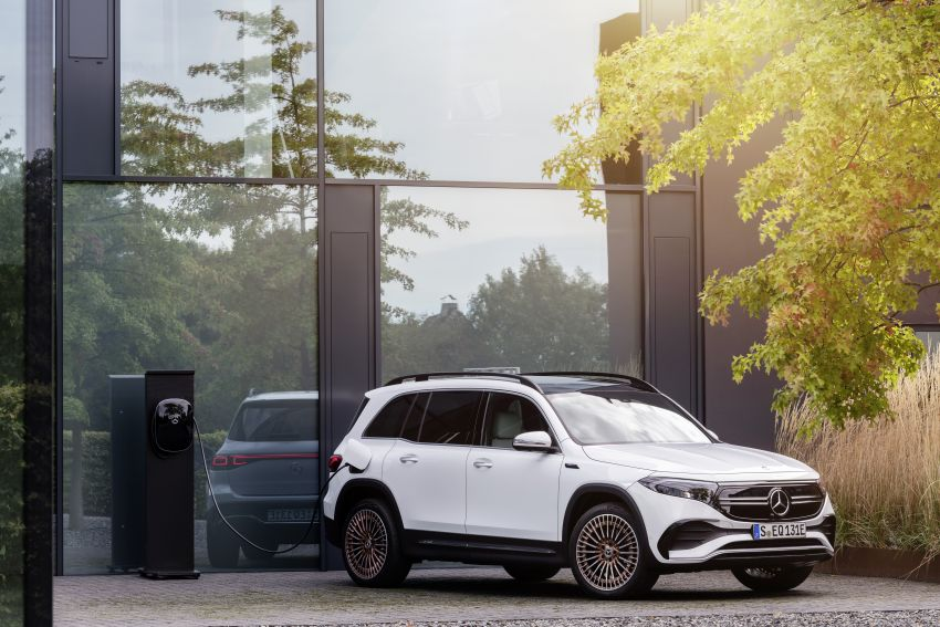 Mercedes EQB debuts  – 288 hp, 419 km range; 100 kW DC charging from 10% to 80% in just over 30 minutes Image #1283260