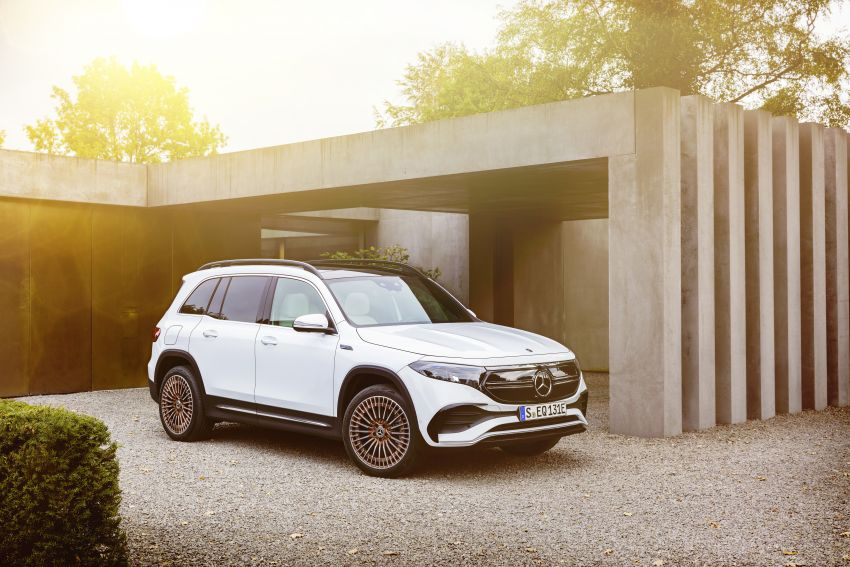Mercedes EQB debuts  – 288 hp, 419 km range; 100 kW DC charging from 10% to 80% in just over 30 minutes Image #1283262