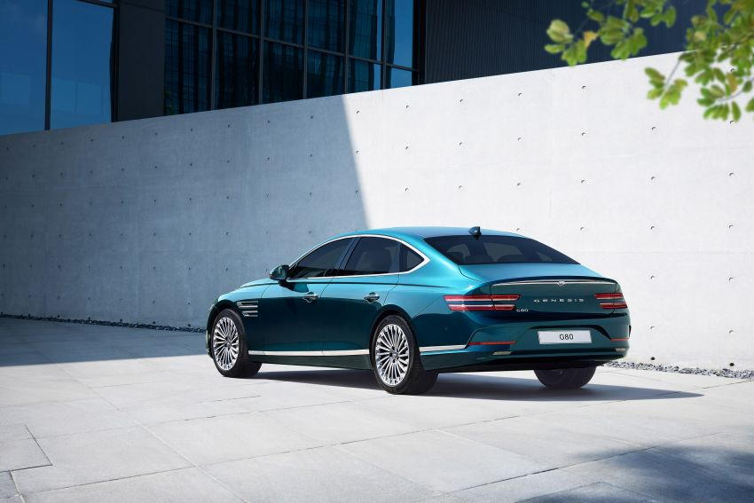 Genesis Electrified G80 debuts – 500 km NEDC range; 350 kW fast charging for 10-80% charge in 22 minutes Image #1283749