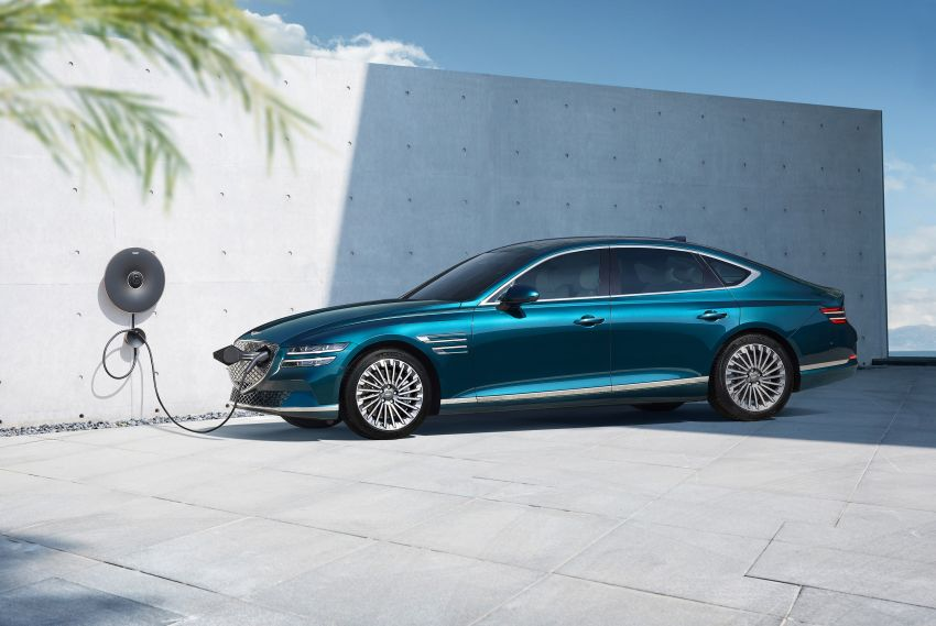 Genesis Electrified G80 debuts – 500 km NEDC range; 350 kW fast charging for 10-80% charge in 22 minutes Image #1283751