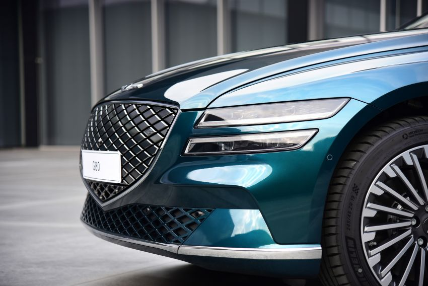 Genesis Electrified G80 debuts – 500 km NEDC range; 350 kW fast charging for 10-80% charge in 22 minutes Image #1283753