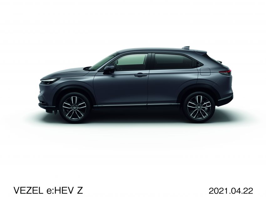 2022 Honda HR-V launched in Japan – 131 PS/253 Nm e:HEV, 118 PS/142 Nm 1.5L NA i-VTEC, from RM87k Image #1286063
