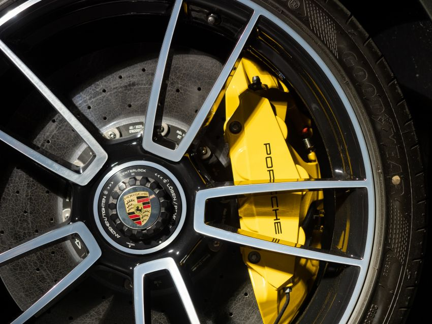 992 Porsche 911 Turbo S launched in Malaysia: 650 PS, 800 Nm, 0-100 km/h in 2.7 seconds, from RM2.2 million Image #1277406