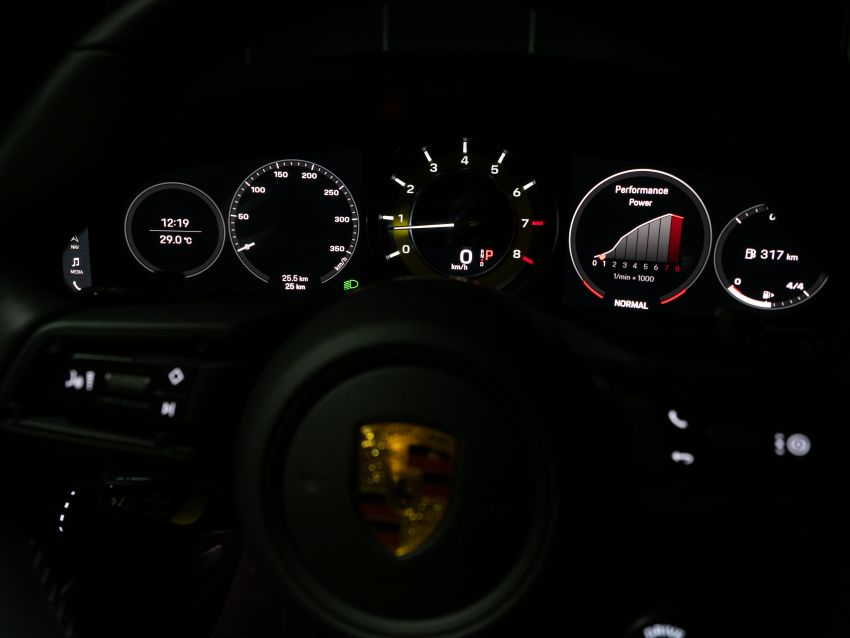 992 Porsche 911 Turbo S launched in Malaysia: 650 PS, 800 Nm, 0-100 km/h in 2.7 seconds, from RM2.2 million Image #1277410