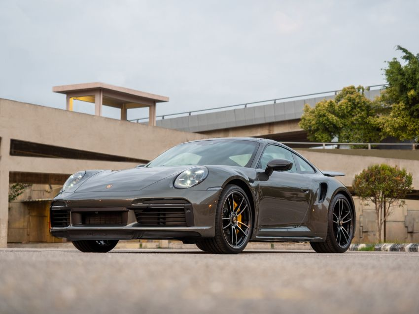 992 Porsche 911 Turbo S launched in Malaysia: 650 PS, 800 Nm, 0-100 km/h in 2.7 seconds, from RM2.2 million Image #1277397