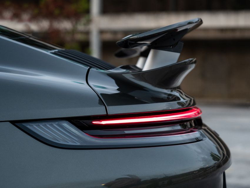 992 Porsche 911 Turbo S launched in Malaysia: 650 PS, 800 Nm, 0-100 km/h in 2.7 seconds, from RM2.2 million Image #1277398