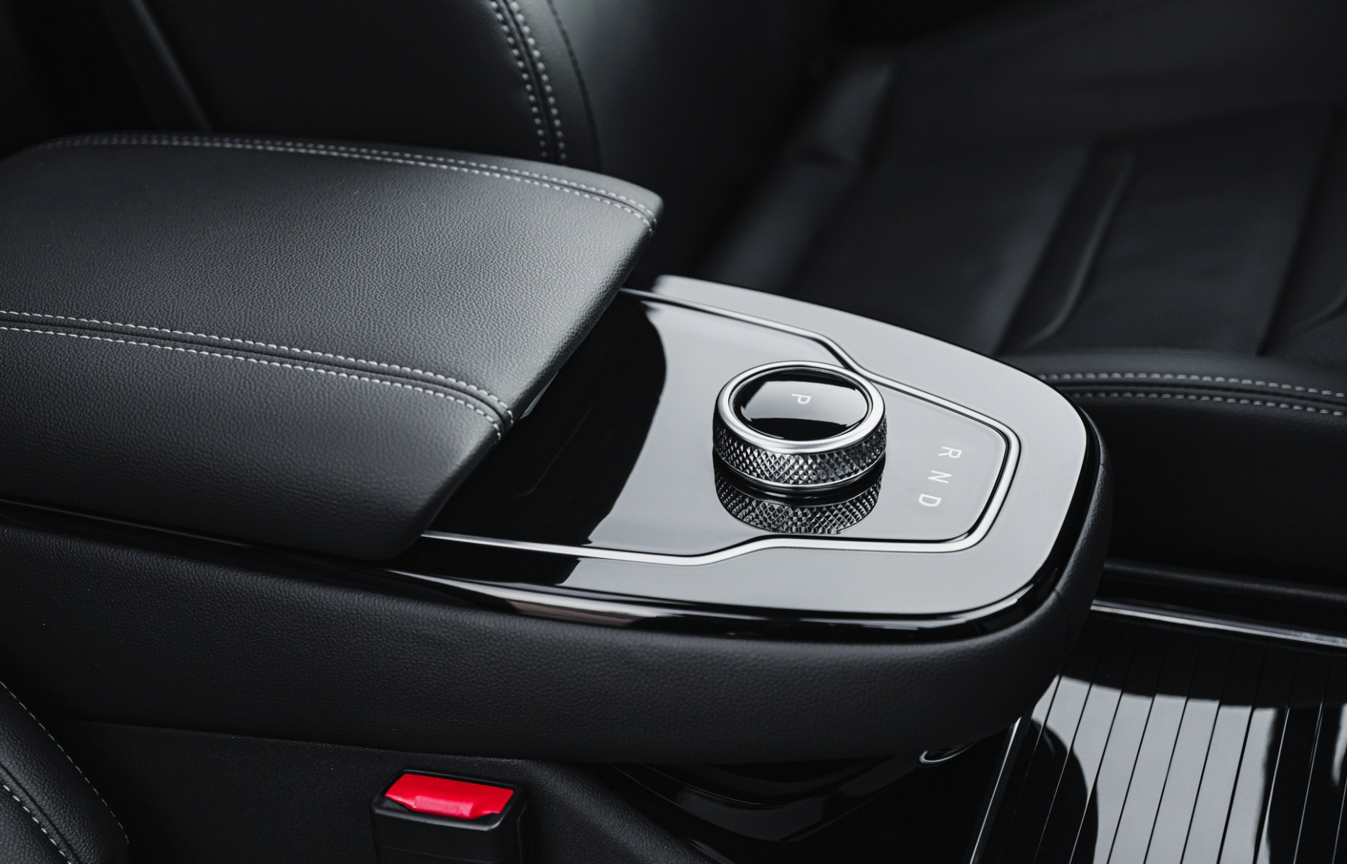 Huawei Seres SF5-13 - Paul Tan's Automotive News
