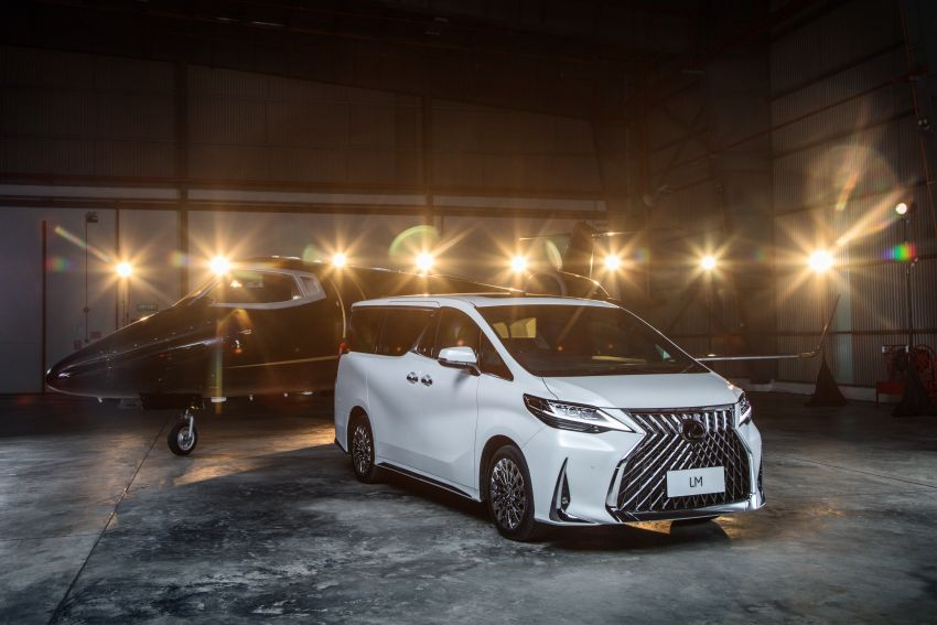 Lexus LM 350 launched in Malaysia – luxury 4-seater Alphard with limo rear seats, 26-inch TV,  RM1.1 million Image #1279732