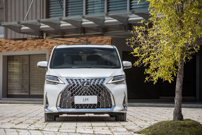 Lexus LM 350 launched in Malaysia – luxury 4-seater Alphard with limo rear seats, 26-inch TV,  RM1.1 million Image #1279737