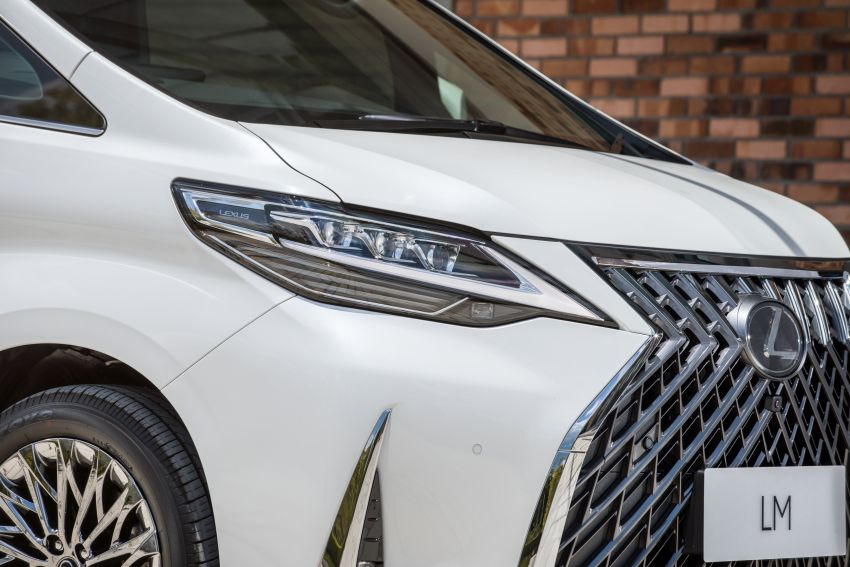 Lexus LM 350 launched in Malaysia – luxury 4-seater Alphard with limo rear seats, 26-inch TV,  RM1.1 million Image #1279740