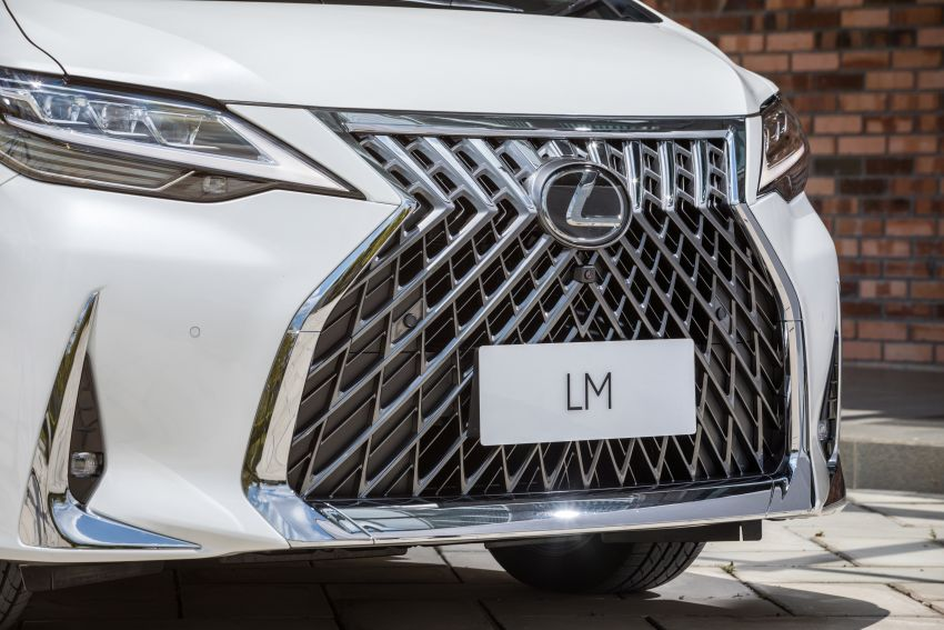 Lexus LM 350 launched in Malaysia – luxury 4-seater Alphard with limo rear seats, 26-inch TV,  RM1.1 million Image #1279741