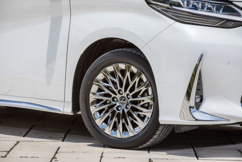 Lexus LM 350 launched in Malaysia – luxury 4-seater Alphard with limo rear seats, 26-inch TV,  RM1.1 million Image #1279742