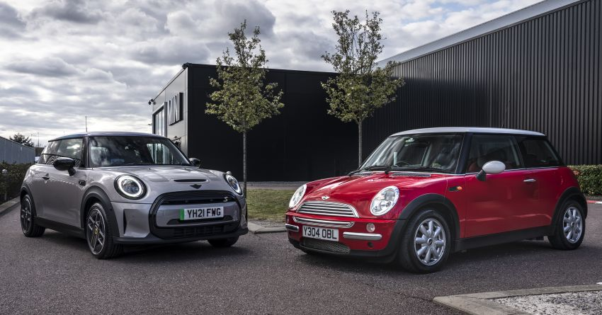 MINI celebrates 20 years of production in Oxford, Swindon – over five million units produced since 2001 Image #1287298