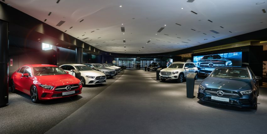 Cycle & Carriage Mercedes-Benz Autohaus in JB upgraded: new CI, only B&P centre in southern region Image #1286746