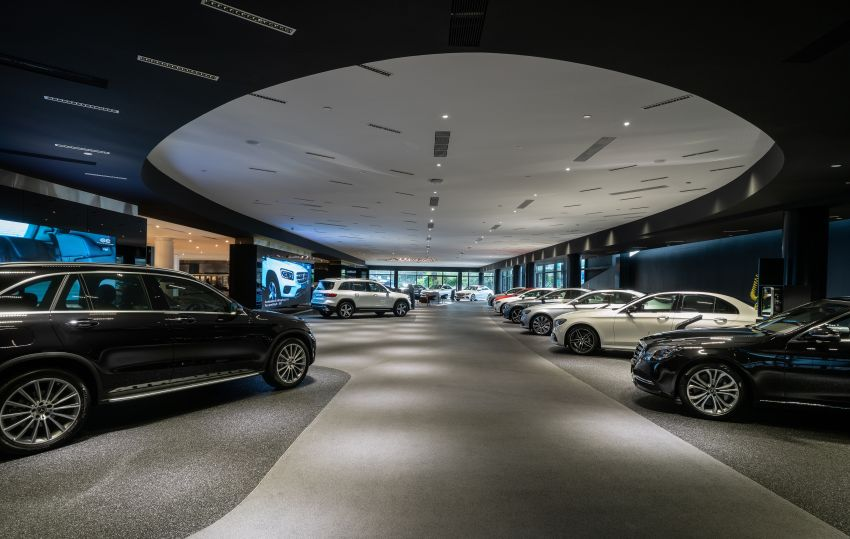 Cycle & Carriage Mercedes-Benz Autohaus in JB upgraded: new CI, only B&P centre in southern region Image #1286748