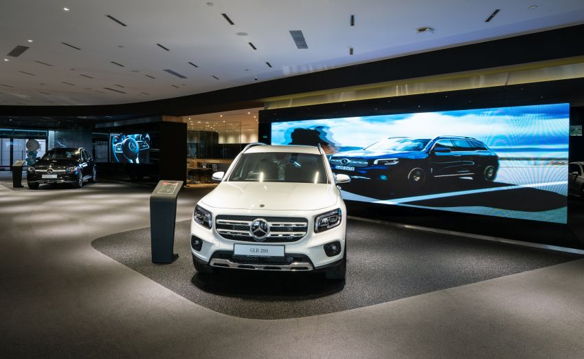 Cycle & Carriage Mercedes-Benz Autohaus in JB upgraded: new CI, only B&P centre in southern region Image #1286751