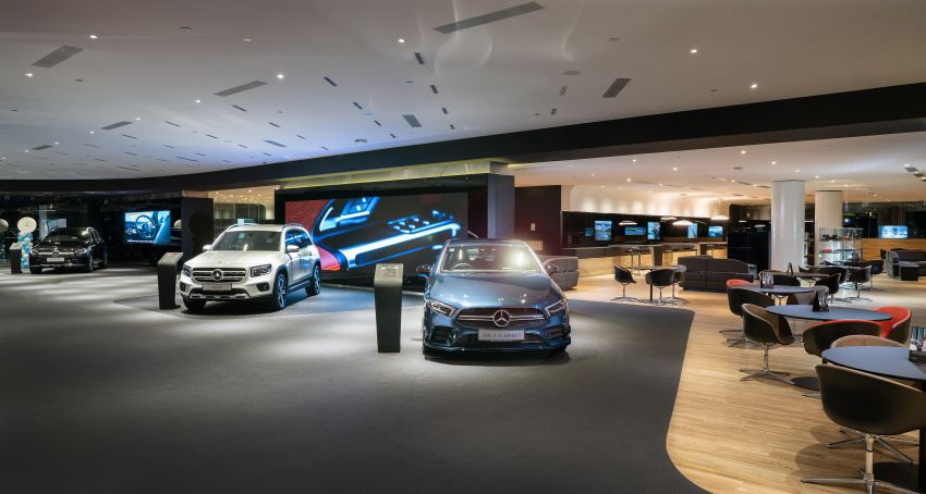 Cycle & Carriage Mercedes-Benz Autohaus in JB upgraded: new CI, only B&P centre in southern region Image #1286741