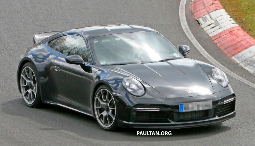 SPIED: Porsche 911 'Sport Classic' testing on track Image #1288173