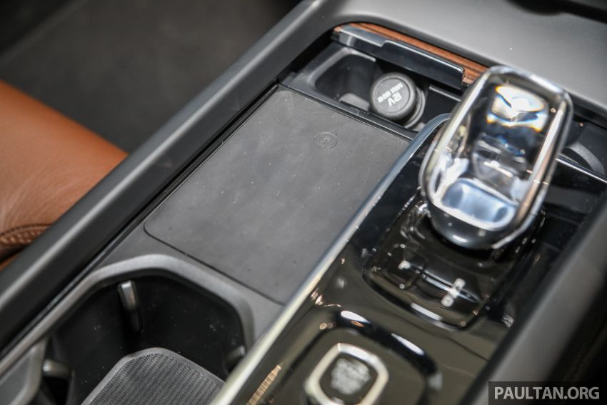 2021 Volvo XC60 in Malaysia – Recharge T8 branding for PHEV, T5 now with Pilot Assist, RM278k to RM325k Image #1287570
