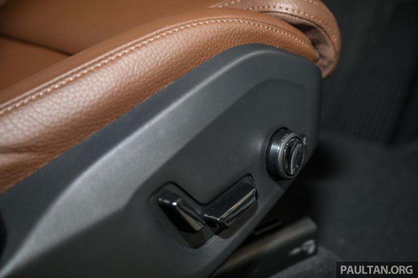2021 Volvo XC60 in Malaysia – Recharge T8 branding for PHEV, T5 now with Pilot Assist, RM278k to RM325k Image #1287586