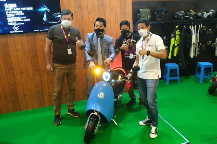 Benelli Dong electric scooter shown at IIMS Indonesia Image #1290576