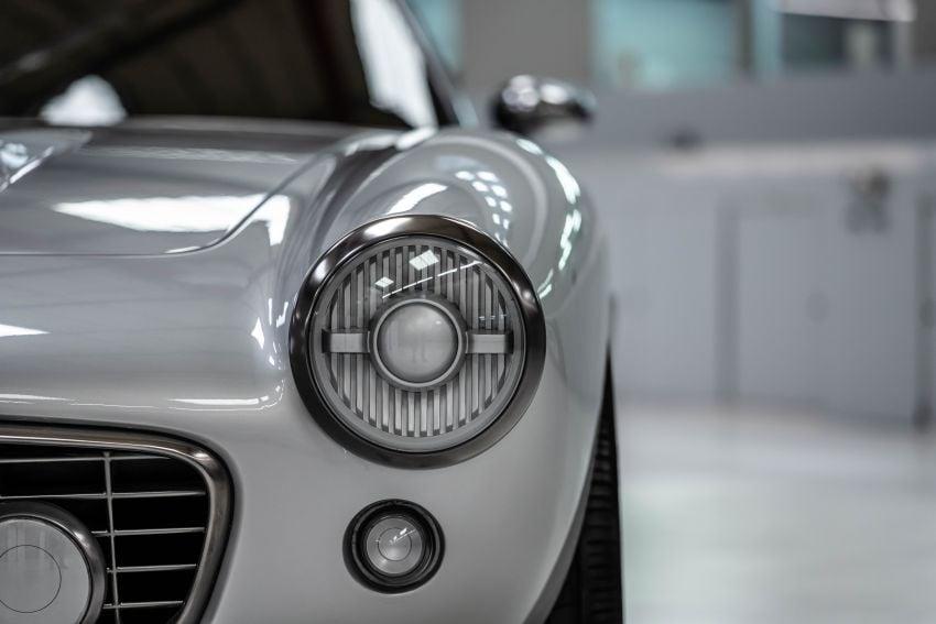 2021 RML Short Wheelbase – modern classic inspired by Ferrari 250 GT SWB with 5.5L NA Ferrari V12 engine Image #1293997
