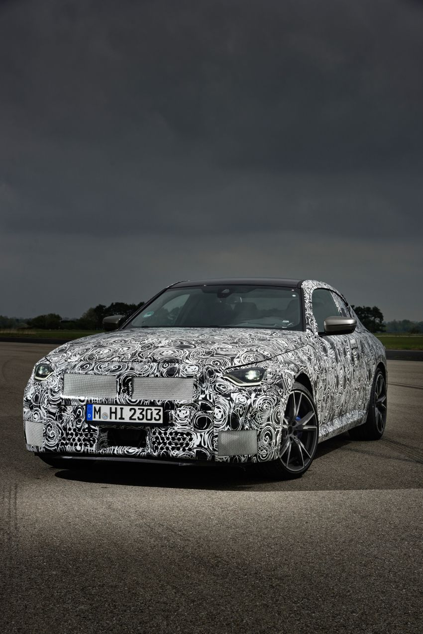 2022 BMW 2 Series Coupe officially teased before debut – M240i xDrive to lead variant range with 374 PS Image #1294300