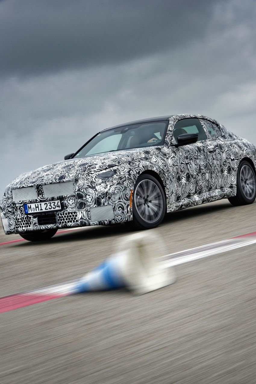 2022 BMW 2 Series Coupe officially teased before debut – M240i xDrive to lead variant range with 374 PS Image #1294224
