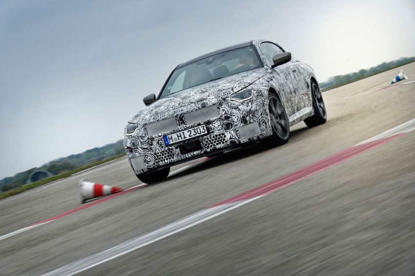 2022 BMW 2 Series Coupe officially teased before debut – M240i xDrive to lead variant range with 374 PS Image #1294273