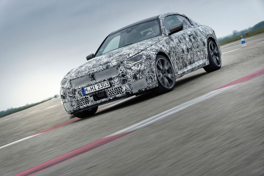 2022 BMW 2 Series Coupe officially teased before debut – M240i xDrive to lead variant range with 374 PS Image #1294274