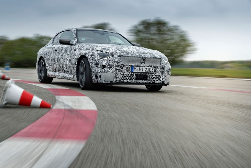 2022 BMW 2 Series Coupe officially teased before debut – M240i xDrive to lead variant range with 374 PS Image #1294275