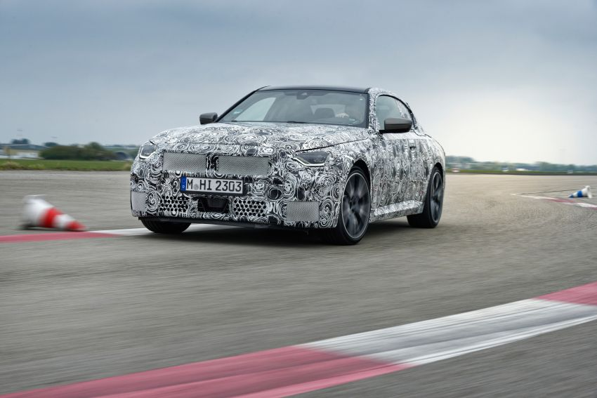 2022 BMW 2 Series Coupe officially teased before debut – M240i xDrive to lead variant range with 374 PS Image #1294279