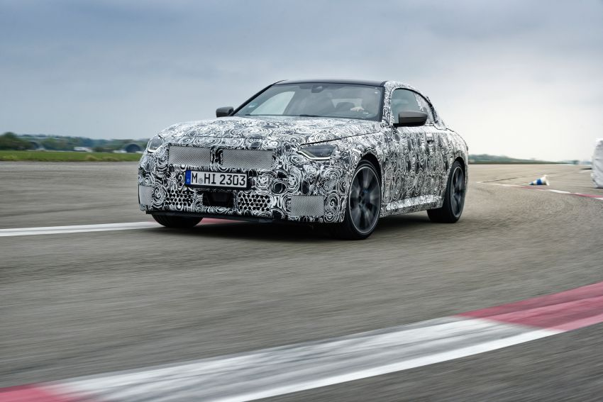 2022 BMW 2 Series Coupe officially teased before debut – M240i xDrive to lead variant range with 374 PS Image #1294280
