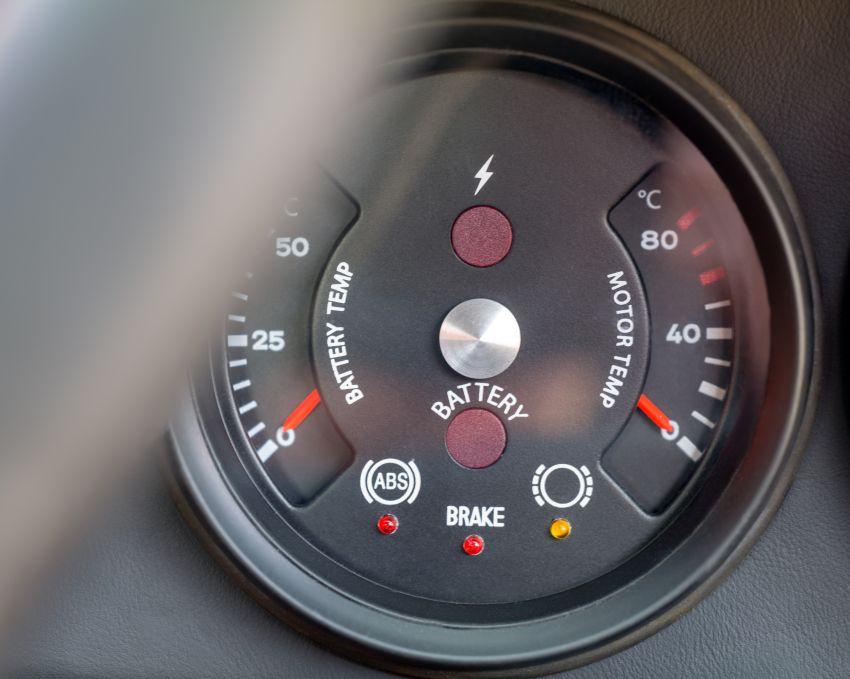 Meet Everrati's fully electric 964 Porsche 911 – 507 PS & 500 Nm, RWD, 0-100 km/h under 4 secs; fr RM1.46m Image #1300637